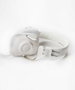 IN white we LOVE WESC HEADPHONES ON FDM FASHIONDAILYMAG.COM BRIGITTE SEGURA