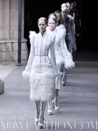 ALEXANDER McQUEEN FALL 2011 paris runway selection brigitte segura photo 4 nowfashion.com on fashion daily mag