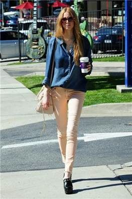 WHITNEY PORT wearing M2f denim photo  2 courtesy of publicist on Fashiondailymag.jpg