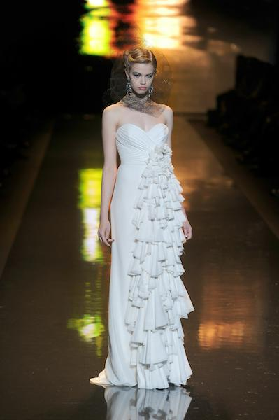 BADGLEY MISCHKA FALL 2011 PHOTO 4 FRAZER HARRISON GETTY IMAGES FOR MB on fashiondailymag
