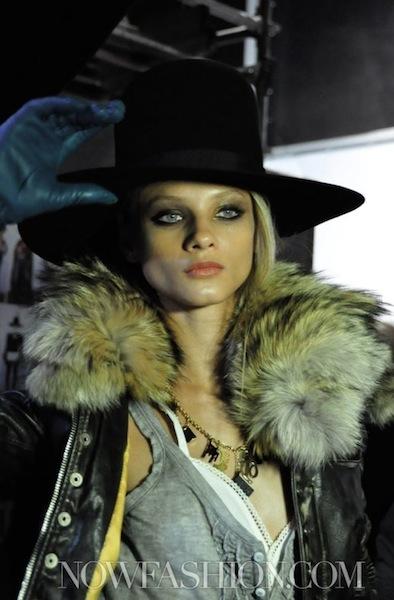 FashionDailyMag Dsquared2 details sel 2 fall 2011-12 runway photo NowFashion on FDM loves