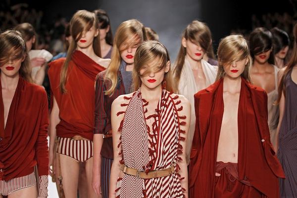 AFRIENDLY AF VANDERVORST sel 37 brigitte segura MBFWB ss12 ph LECCA on FashionDailyMag