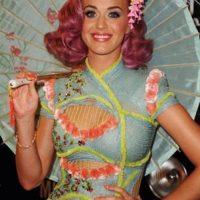 KATY PERRY at VMAs:  get the HAIR LOOK