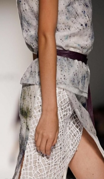 emerson spring 2012 detail sel 5 FashionDailyMag photo NowFashion