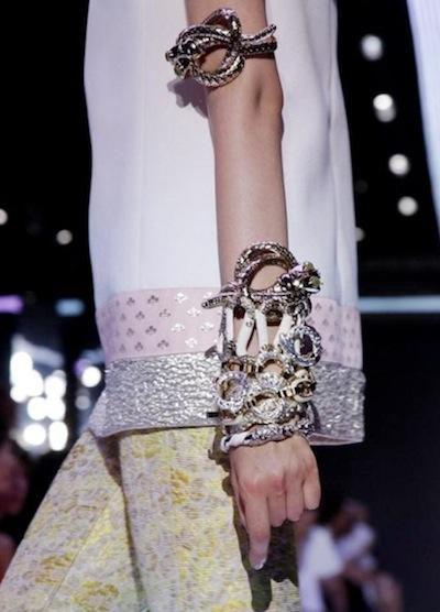 GIAMBATTISTA VALLI SPRING 2012 PARIS fashiondailymag sel nowfashion
