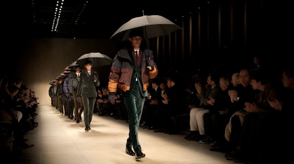 BURBERRY PRORSUM mens fw 12 mens runway umbrellas FashionDailyMag sel