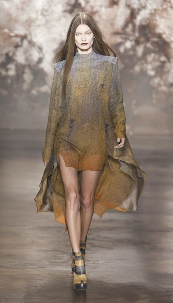 FW12 SALLY LAPOINTE NEW YORK 2/11/2012 FASHIONDAILYMAG SEL 11