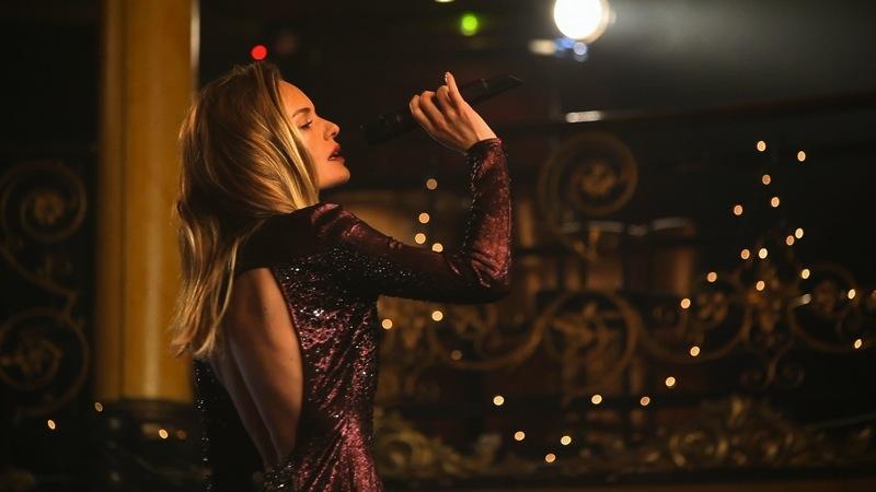 Topshop | Kate Bosworth december 2012 | fashiondailymag