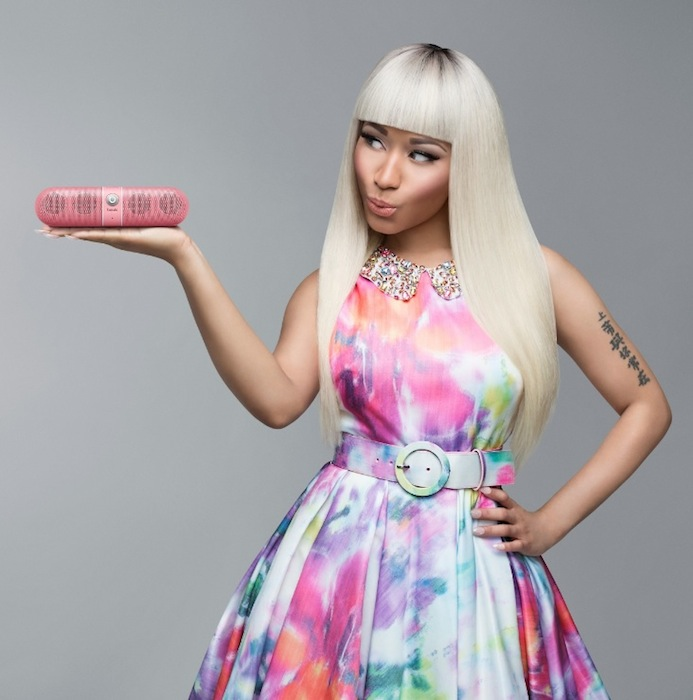 Nicki Minaj pink pill alice olivia fashiondailymag