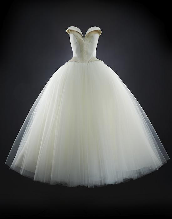 Rubin Singer Bridal 2014 Natasha Gown Front fashiondailymag 6
