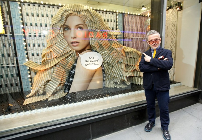 SIMON DOONAN installation Nexxus Tony awards | FashionDailyMag
