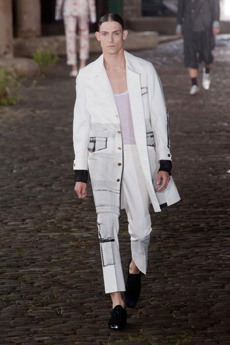 MCQUEEN spring 2014 mens fashiondailymag sel 13