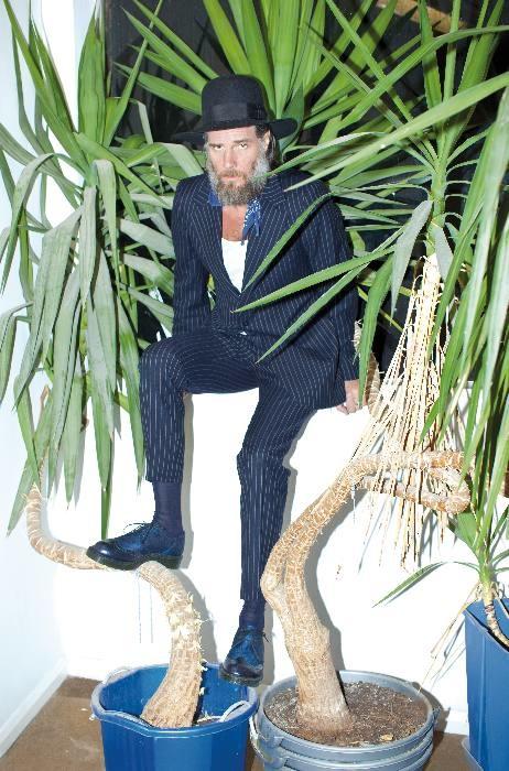 DR MARTENS fall 2013 FashionDailyMag sel 06