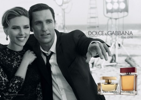 DOLCE GABBANA The One Campaign Scarlett Johansson and Matthew McConaughey fashiondailymag