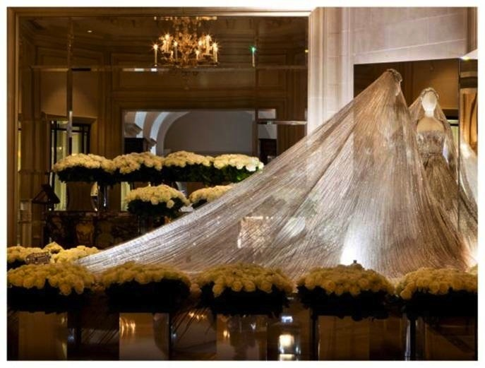 elie saab exhibition george v paris | FashionDailyMag