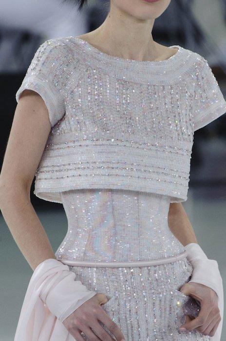 CHANEL HC SPRING 2014 fashiondailymag sel 50d