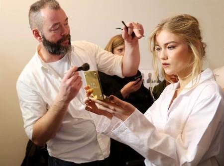 Michael Kors Backstage Beauty FW 2014 Image 19