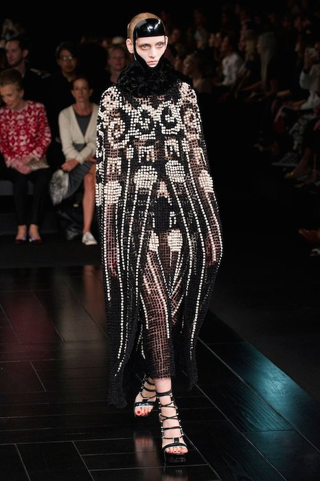 McQueen spring 2015 FashionDailyMag sel 56