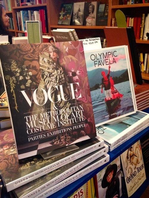 Vogue & The Metropolitan Museam Of Art Costume Institue fashion Daily Mag