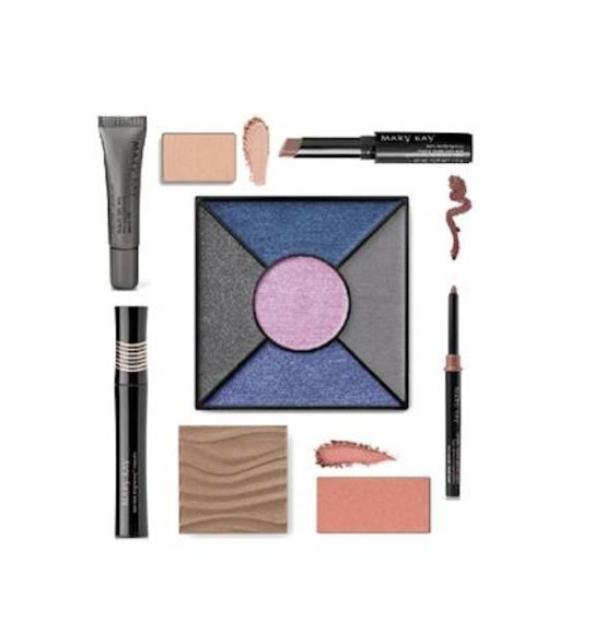 smokey eyes eye palette MK FashionDailyMag
