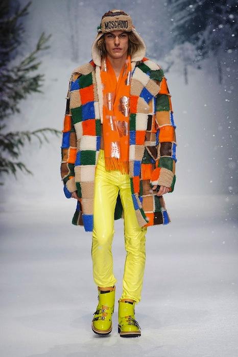 MOSCHINO FALL 2015 LCM FashionDailyMag sel 27