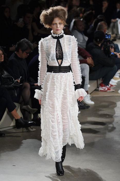 ALEXANDER MCQUEEN fall 2015 FashionDailyMag sel 71