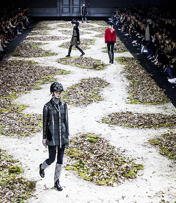 MONCLER GAMME ROUGE fall 2015 fashiondailymag sel 4bbb