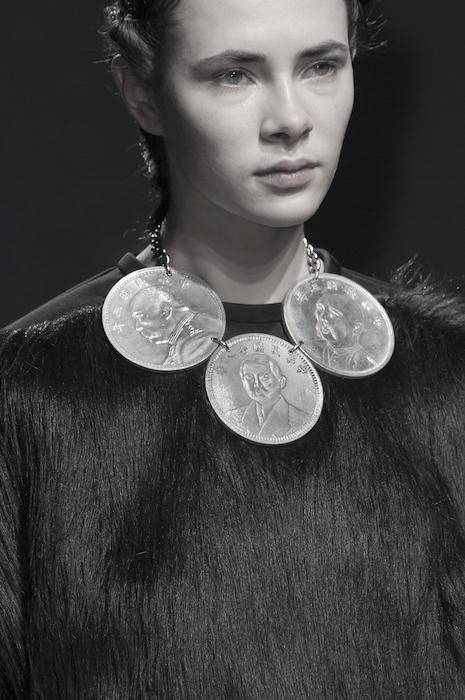 bernard chandran fall 2015 fashiondailymag details 33