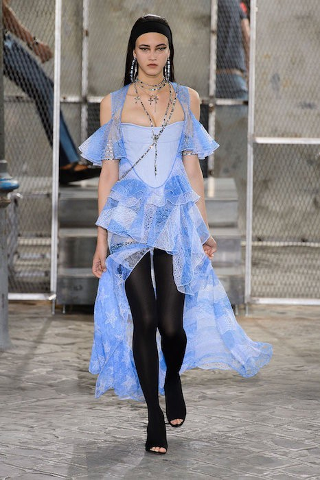 blue lace givenchy menswear ss16 fashiondailymag