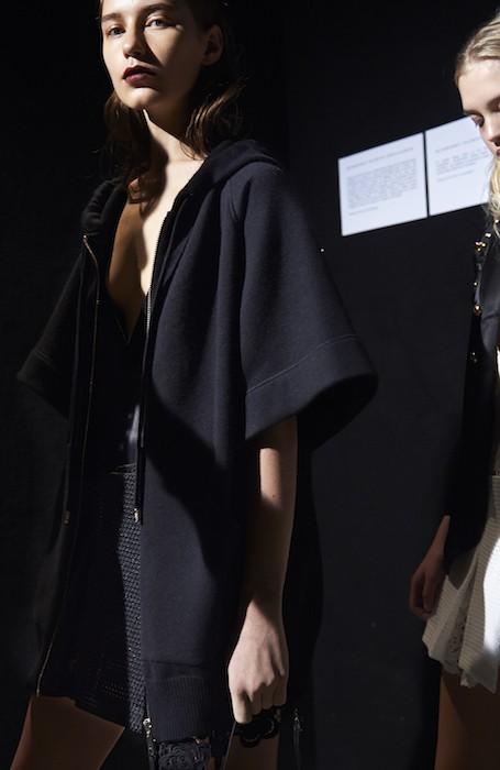 burberry backstage ss16 fashiondailymag 5