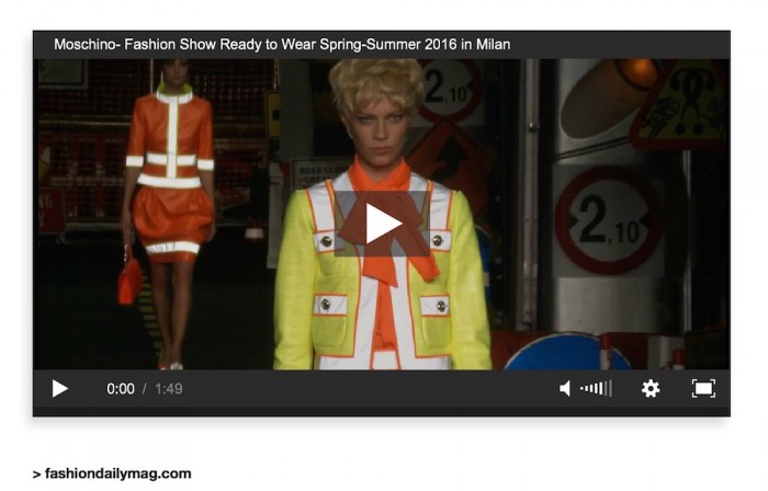 moschino ss16 fashion show video FashionDailyMag