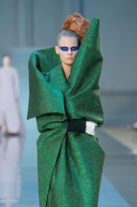 MAISON MARGIELA COUTURE FW15 fashiondailymag 26