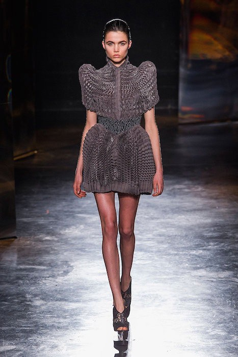 IRIS VAN HERPEN fw16 FashionDailyMag sel 4