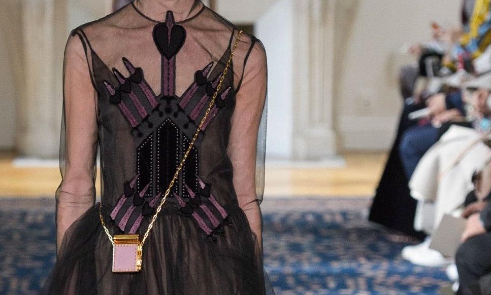 valentino-ss17-fwp-fashiondailymag-1
