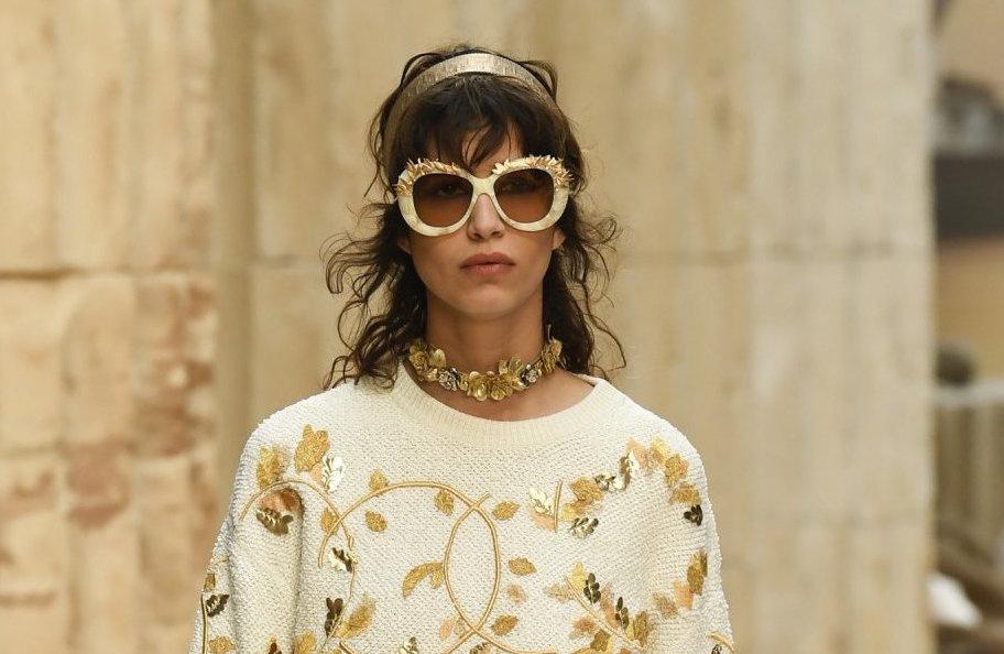 mica arganaraz chanel resort 2018 fashiondailymag 22