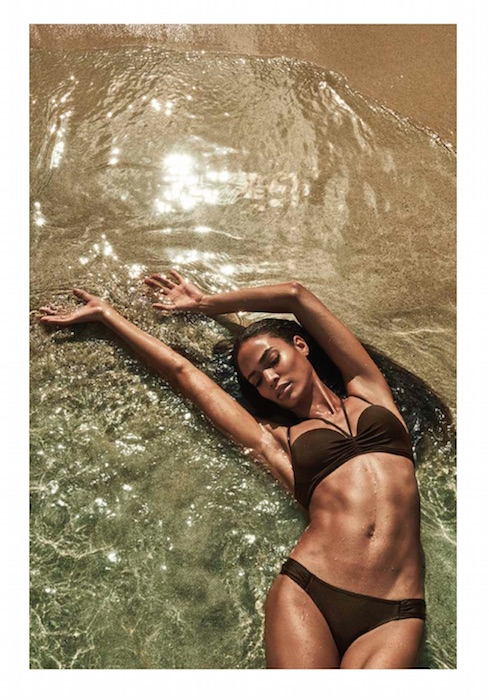 SMART AND SEXY JOAN SMALLS fashiondailymag