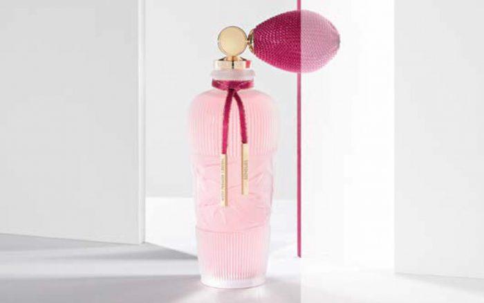 Mon Premier Cristal 2 Mood Shot Sensuel FashionDailyMag