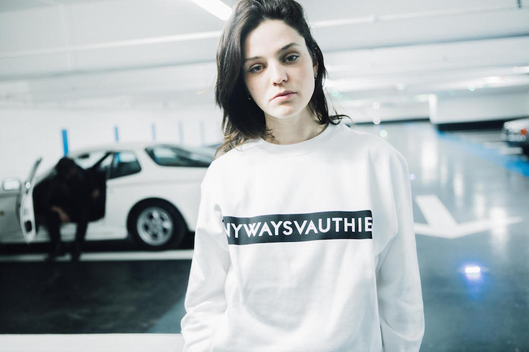 ANYWAYS VAUTHIER SWEATSHIRT CUTE + COZY GIFTS 2017 curated by Brigitte Segura FASHIONDAILYMAG