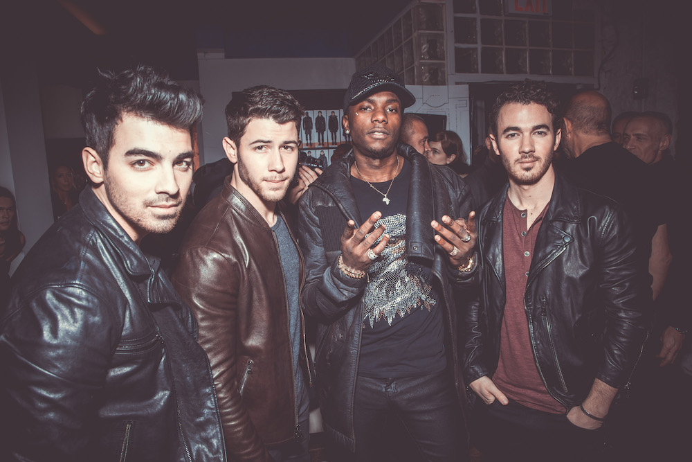 jonas brothers and young paris OHN VARVATOS FW18 NY PAUL M FASHIONDAILYMAG 2