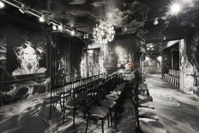 DIOR_HAUTE COUTURE_AUTUMN-WINTER 2019-2020_SCENOGRAPHY_© Adrien Dirand_2 FashionDailyMag brigitte segura curator