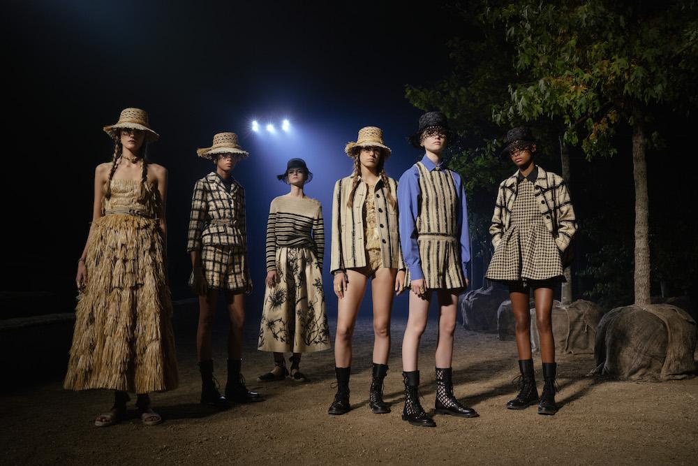 DIOR_SPRING-SUMMER_2020_GROUPSHOT_© Hannah Reyes Morales for Dior FASHIONDAILYMAG brigitteseguracurator