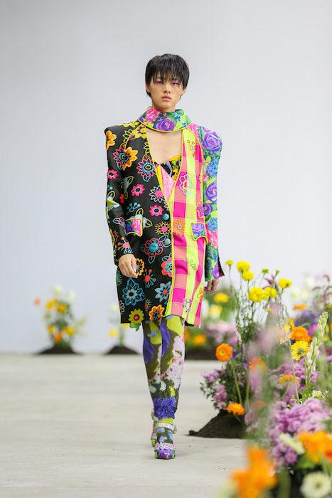 SHUTINGQIU_SS20_Look2 SHANGHAI RUNWAY faves FashionDailyMag Brigitteseguracurator 2 20