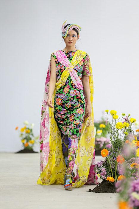 SHUTINGQIU_SS20_Look22 SHANGHAI RUNWAY faves FashionDailyMag Brigitteseguracurator