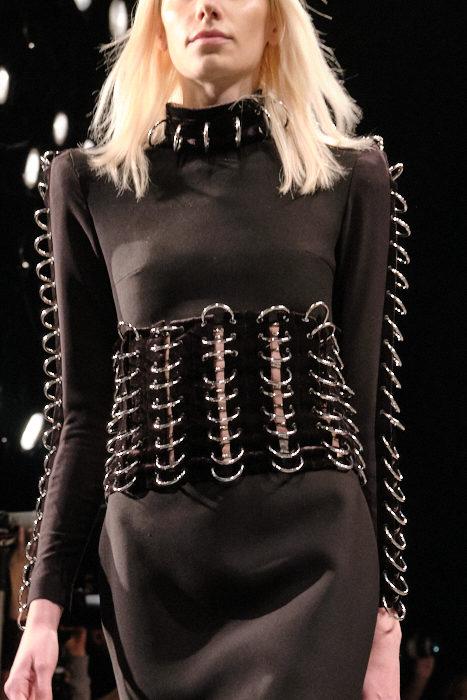 Hakan Akkaya FashionDailyMag Brigitteseguracurator ph Tobias 061