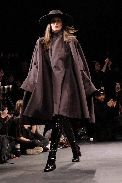 Hakan Akkaya FashionDailyMag Brigitteseguracurator ph Tobias 063