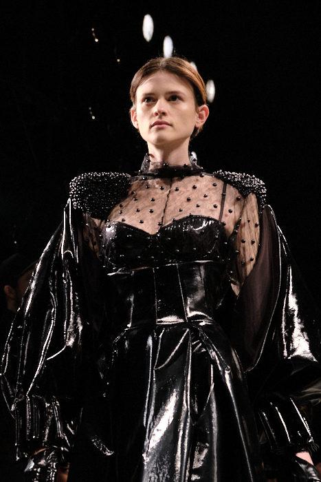Hakan Akkaya FashionDailyMag Brigitteseguracurator ph Tobias 091