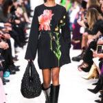 Valentino_47_is5_0874 fall 2020 paris fashion week photo Imaxtree FASHIONDAILYMAG brigitteseguracurator