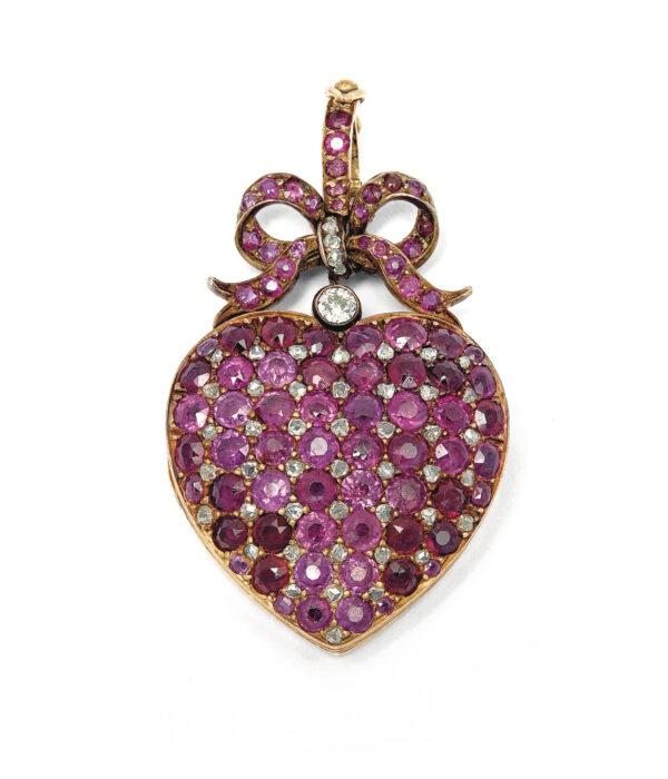 Christie's London Nov 2019 - Eugenie's heart locket sold for $52,924 FashionDailyMag vday inspo 2021 brigitteseguracurator