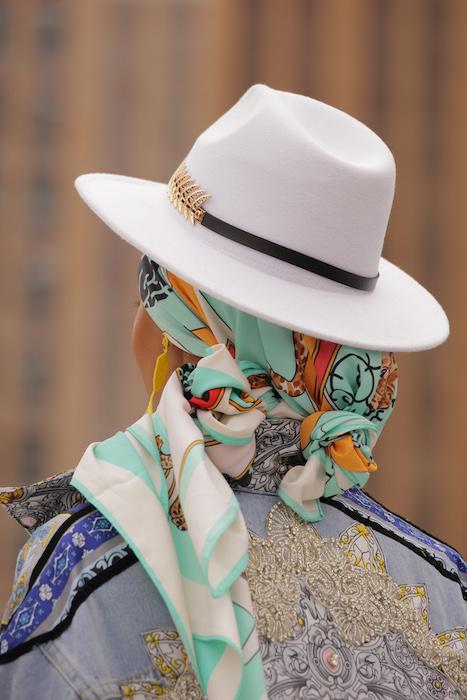 Flying_Solo_20210j0a8942 fun fashion editor faves brigitteseguracurator photo Randy Brooke for Fashion Daily Mag fashion 2021 1