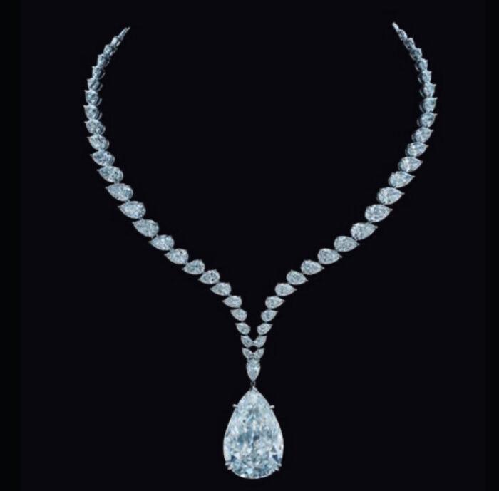 MAGNIFICENT-JEWELS-CHRISTIES-2021-brigitteseguracurator-fashion-daily-mag chrysler diamond
